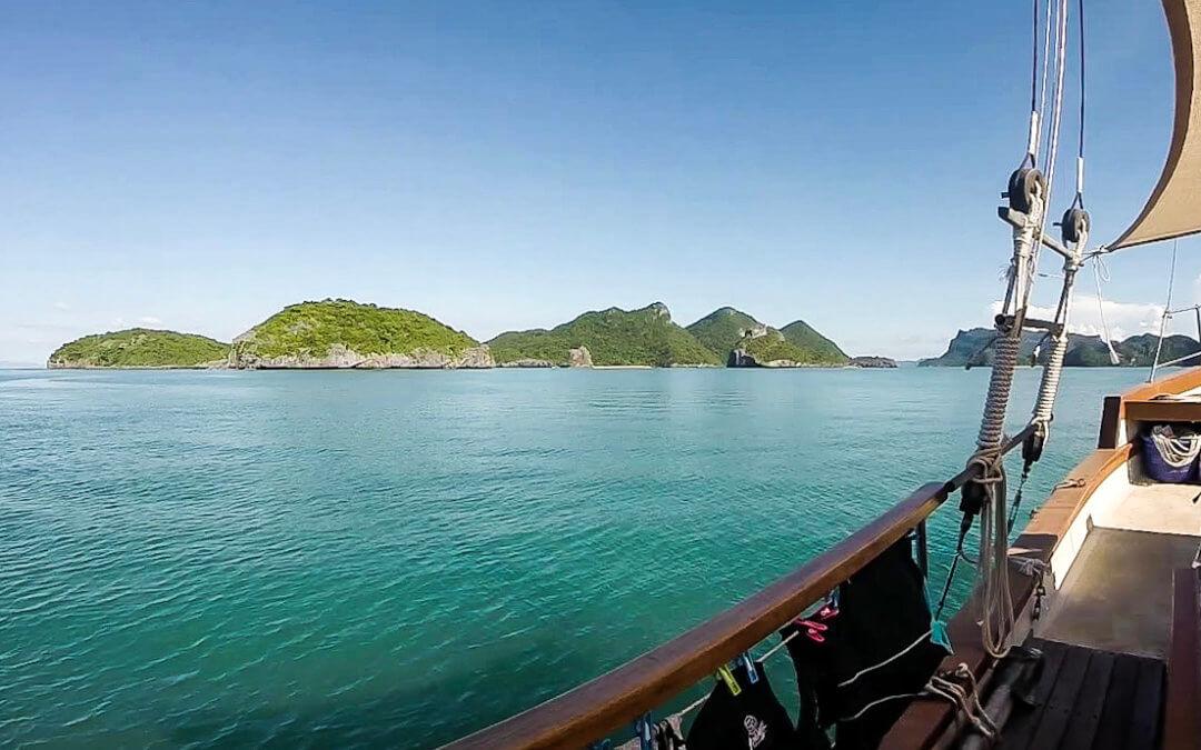 overnight cruise angthong marine park